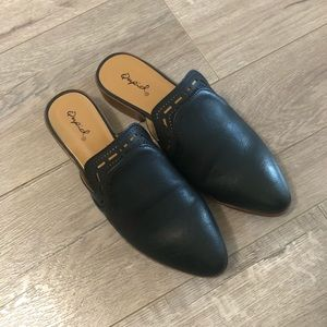 Qupid Black Mules size 6.5 (fits 5.5)